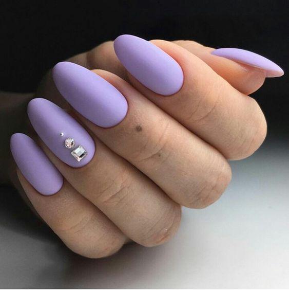 Wrzosowe paznokcie w macie