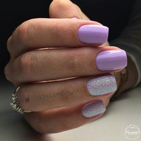 Wrzosowe paznokcie z efektem syrenki
