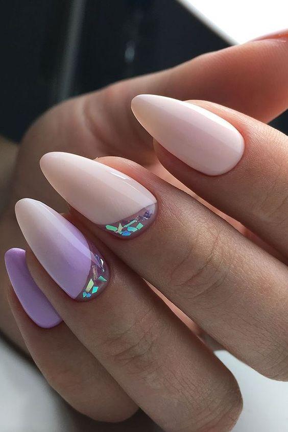 Wrzosowy manicure z wzorkami