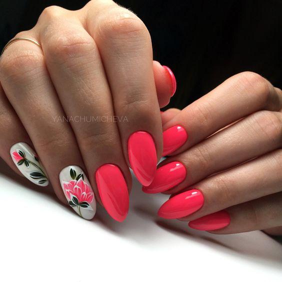 Kolorowy manicure na wiosnę