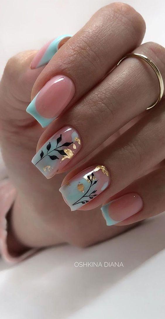 Manicure z frenchem na wiosnę