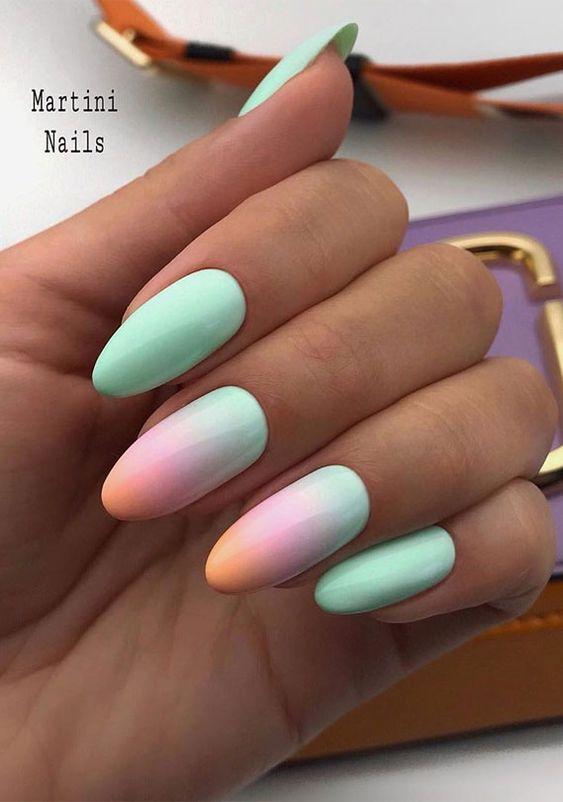 Pastelowe paznokcie z ombre