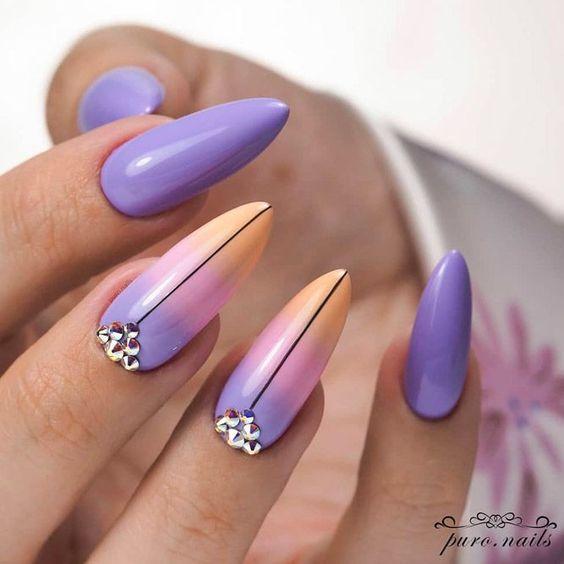 Paznokcie z fioletowo pomarańczowym ombre