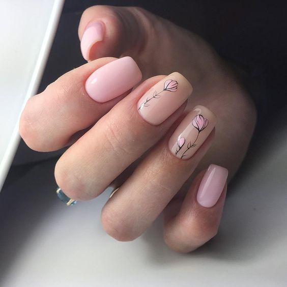Jasnoróżowe paznokcie na wiosnę