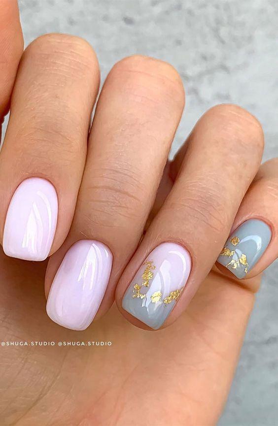 Delikatne jasnoróżowe paznokcie